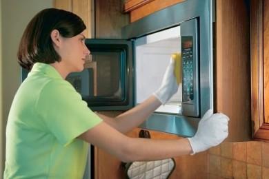 كيفية تنظيف الميكروويف بالمنزل في 5 دقائق