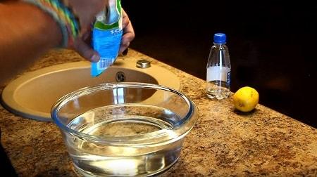 كيفية تنظيف الميكروويف بالداخل بسرعة